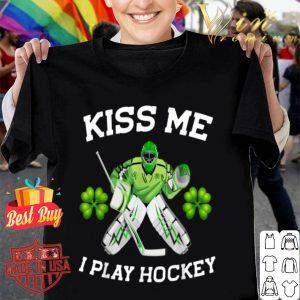 Kiss me i play hockey Irish Hockey St Patrick's day shirt