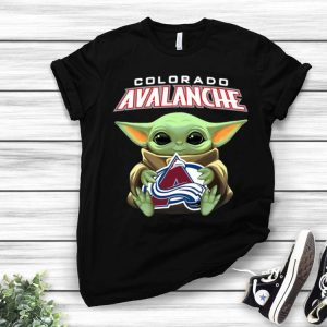 Star Wars Baby Yoda Hug NHL Colorado Avalanche shirt