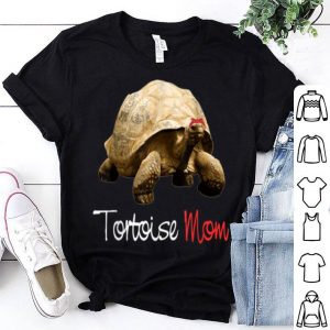 Awesome Funny Tortoise Mom With Red Bandana Mother's Day shirt
