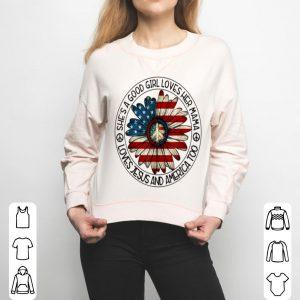 Original Patriotic Girl Loves Her Mama Jesus & America Daisy shirt
