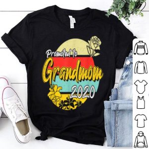 Pretty Promoted To Grandmom Est 2020 Mothers Day Gifts New Grandma shirt