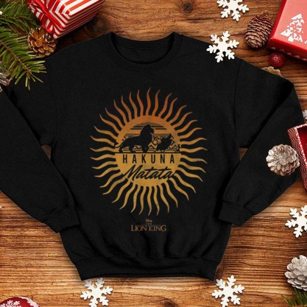 Disney The Lion King Sun Rays Gradient Hakuna Matata shirt