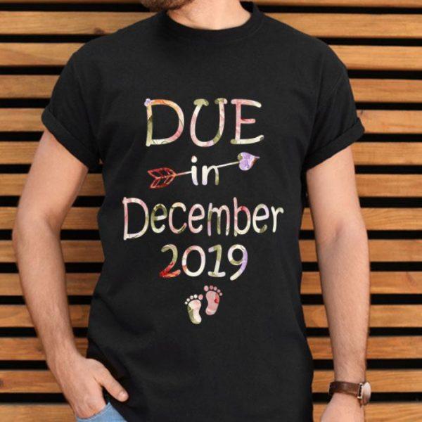 Pregnancy Announcement Due Date December See Yo shirt