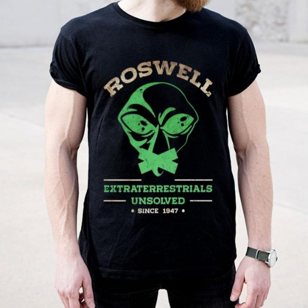 Roswell - Storm Area 51- Flying Saucer UFO Alien Sci Fi Nerd Premium shirt