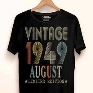 Born August 1949s Vintage Retro 70th Birthday shirt
