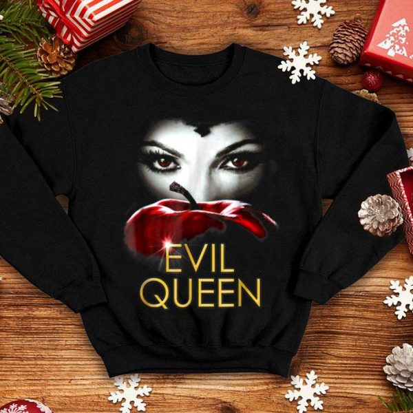 Awesome Evil Queen Apple - Funny Halloween Costume shirt