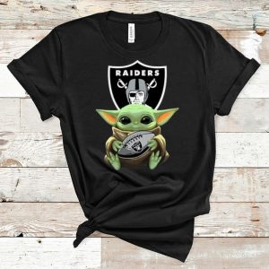 Awesome Star Wars Football Baby Yoda Hug Oakland Raiders shirt