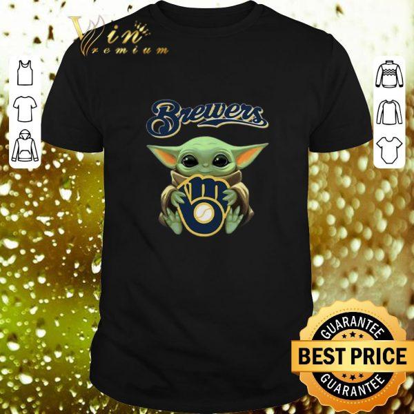 Original Baby Yoda hug Milwaukee Brewers Star Wars Mandalorian shirt