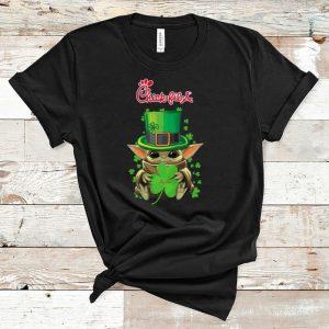 Hot Star Wars Baby Yoda Chick-Fil-A Shamrock St.Patrick's Day shirt