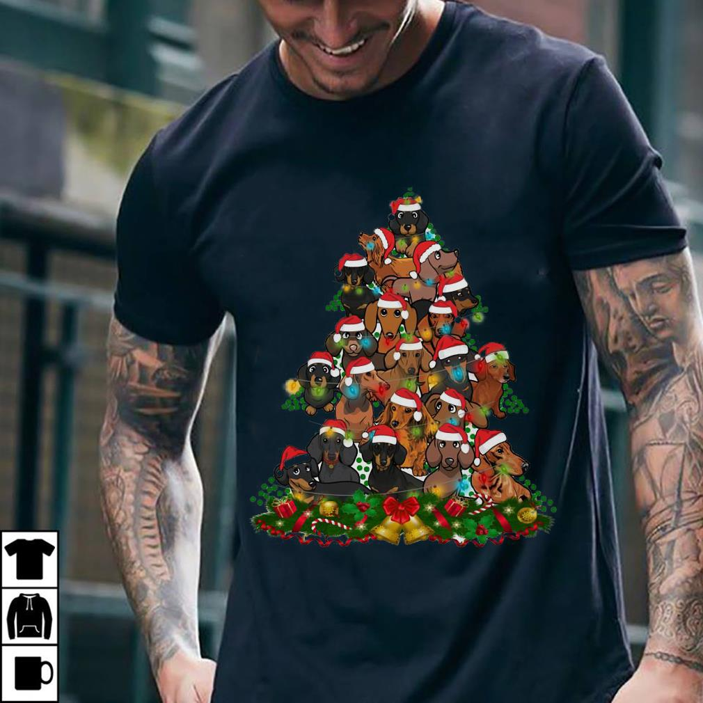 - Dachshunds Christmas Tree shirt