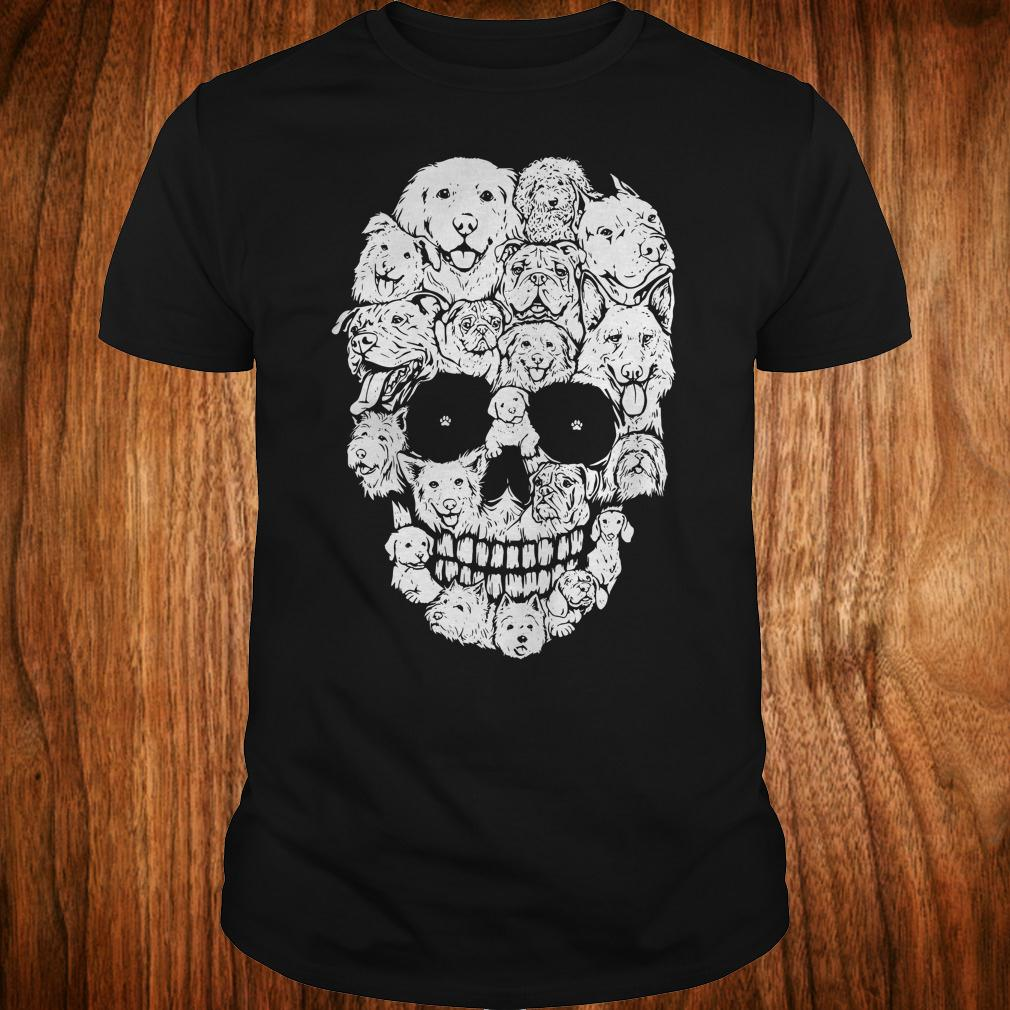 Dogs stacked into skull shirt Classic Guys / Unisex Tee