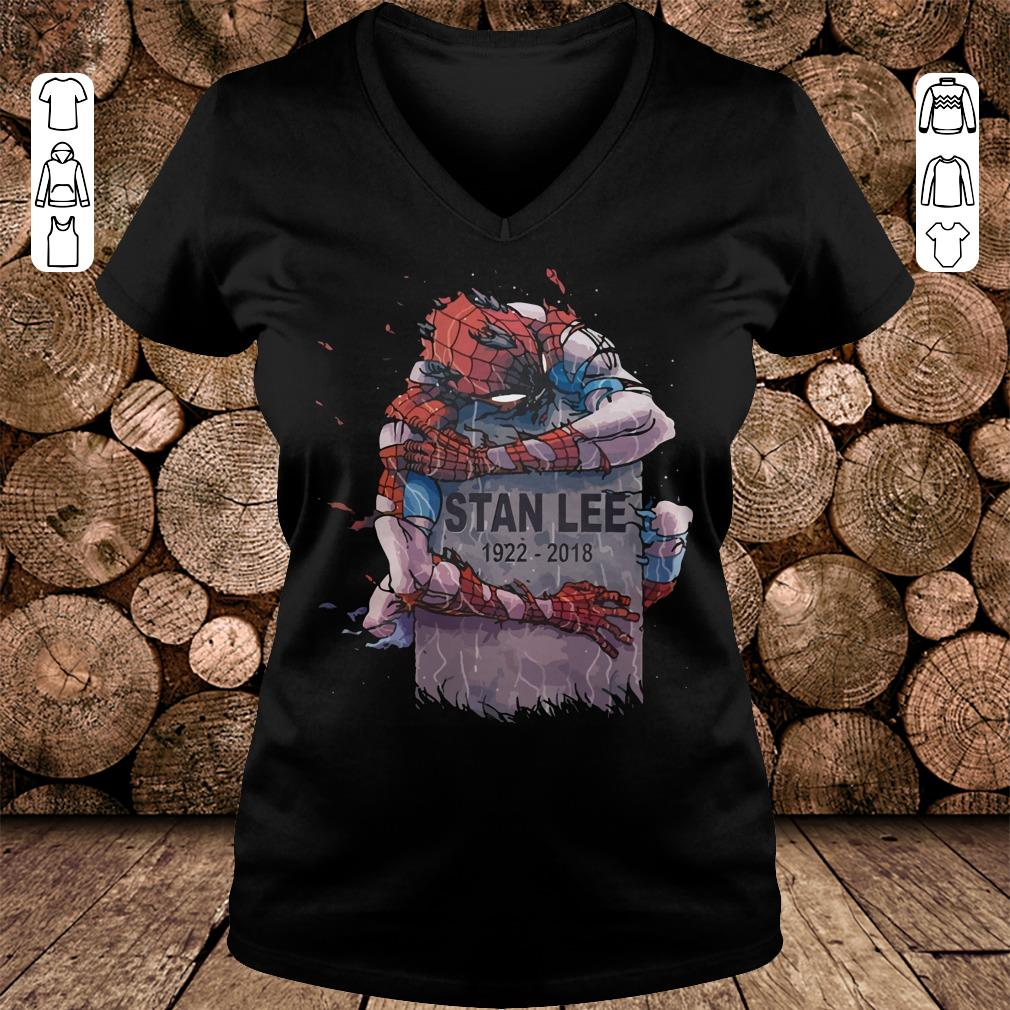 Spider Man hug Stan Lee Shirt Ladies V-Neck