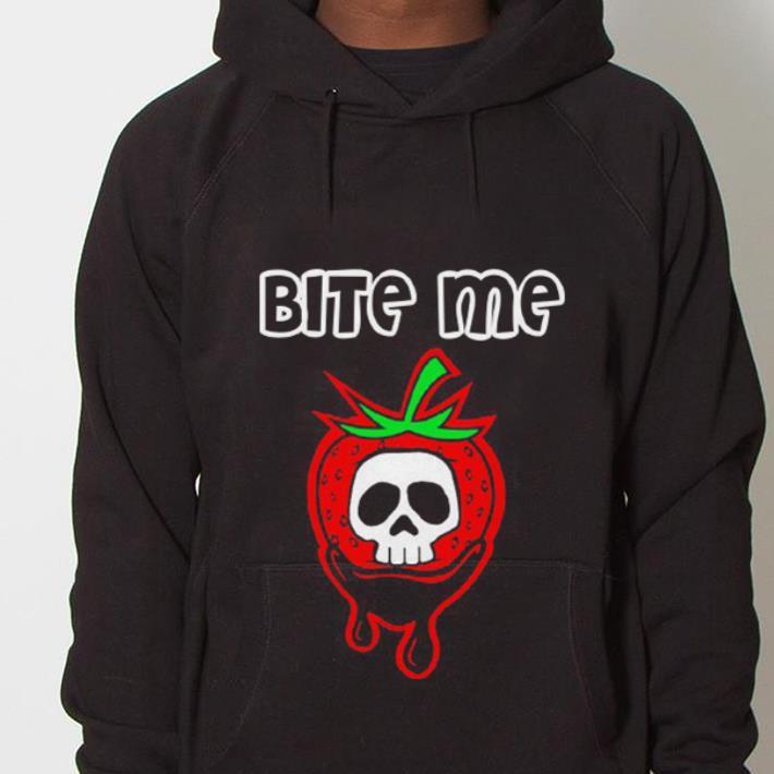 https://mypresidentshirt.com/images/2019/01/Bite-Me-Strawberry-Skull-shirt_4.jpg