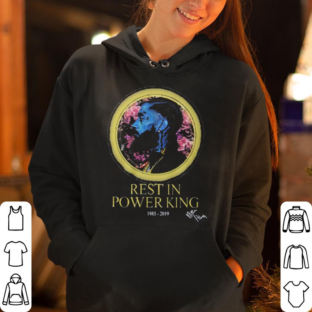 https://mypresidentshirt.com/images/2019/04/Nipsey-Hussle-rest-in-power-King-1985-2019-shirt_4.jpg