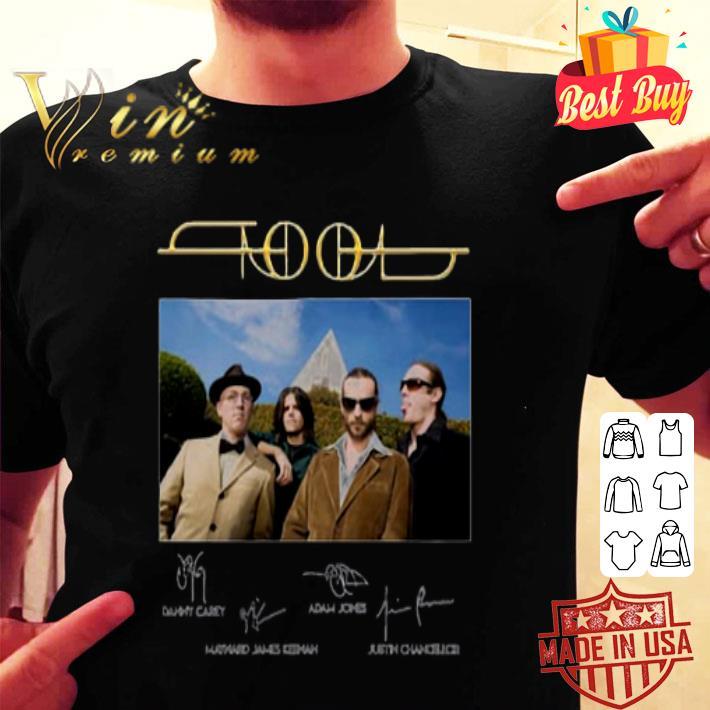 - Tool Rock Band Signatures shirt