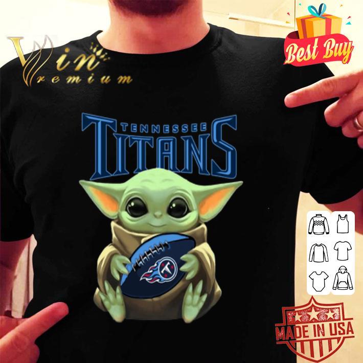 - Baby Yoda hug Tennessee Titans Star Wars Mandalorian shirt