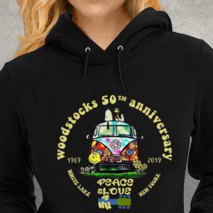 Hippie Snoopy Peanut Woodstocks 50th Anniversary Peace White Lake Peace Slove New Yourk Youth tee