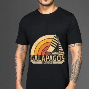 The best trend Vintage Galapagos Ecuador Sailing Vacation shirt