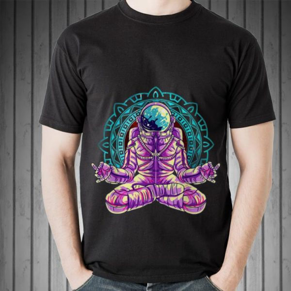 Awesome Astronaut Yoga Lotus Pose Meditation shirt