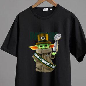 Official Star Wars Baby Yoda Green Bay Packer Cup shirt
