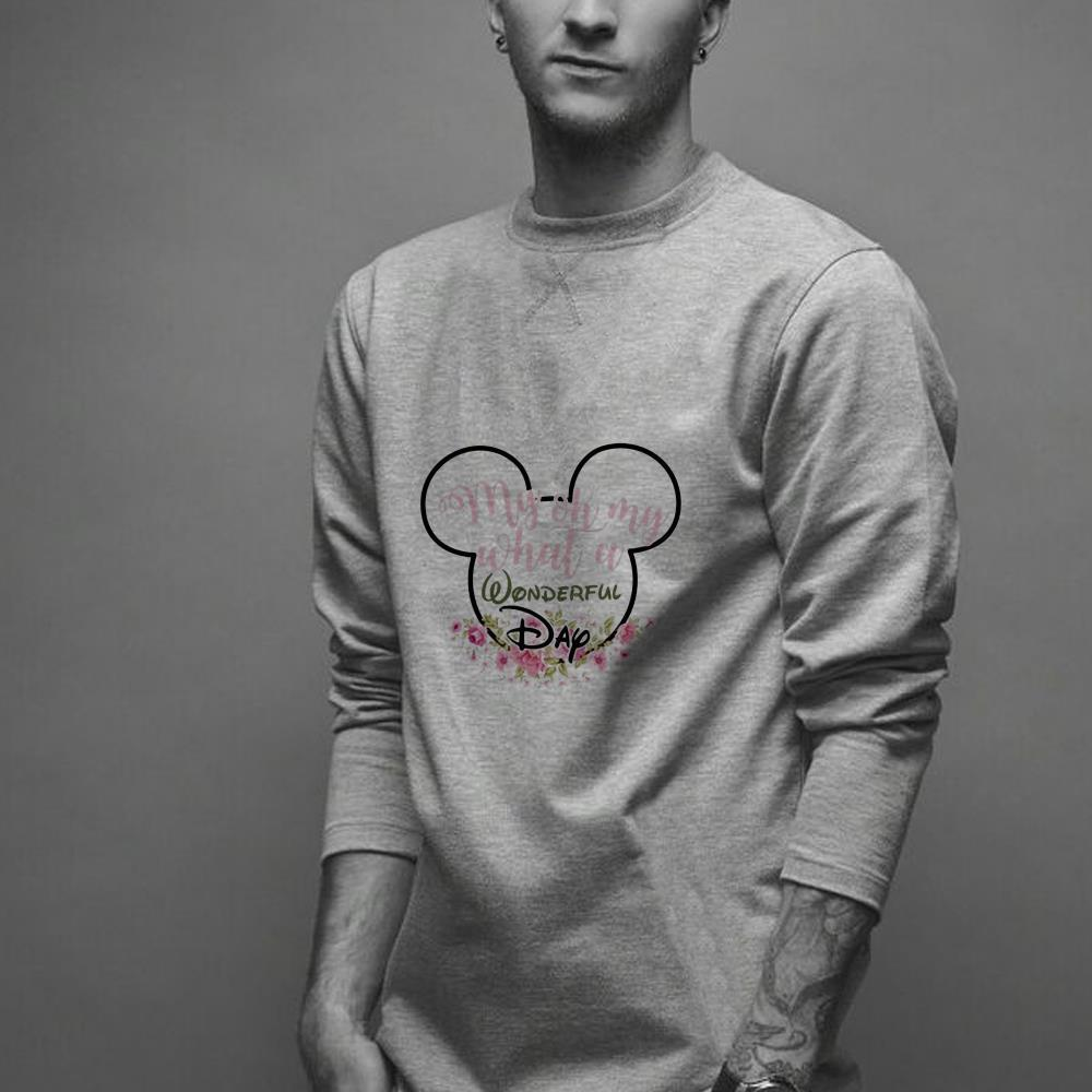 https://officialshirts.net/tee/2018/12/My-Oh-My-What-A-Wonderful-Day-Mickey-Mouse-shirt_4.jpg