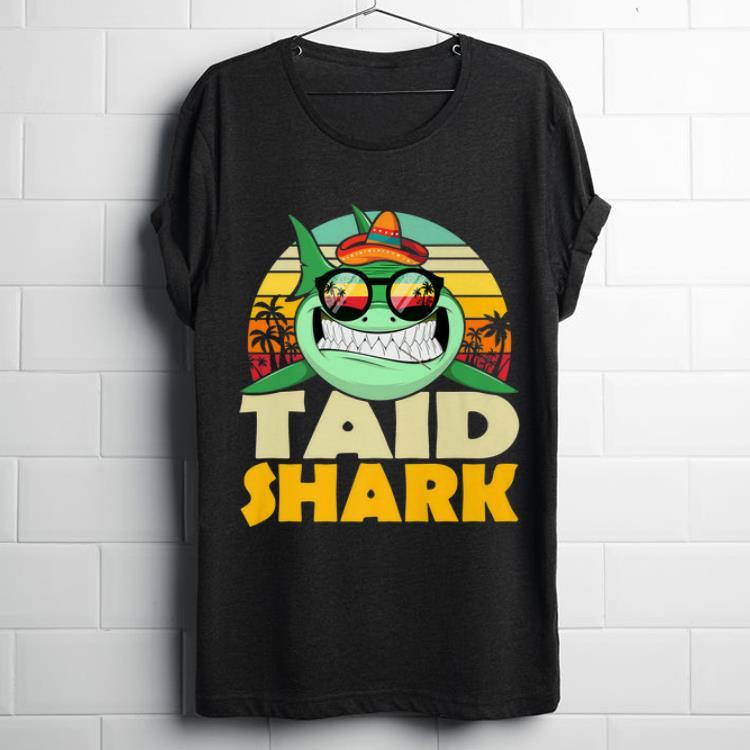Top taid Shark With Sunglass Hawaii Vintage shirt