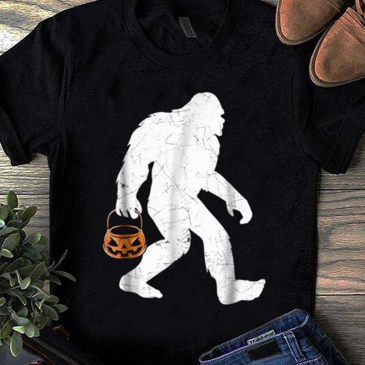 Awesome Bigfoot Pumpkin Halloween Costume Funny shirt