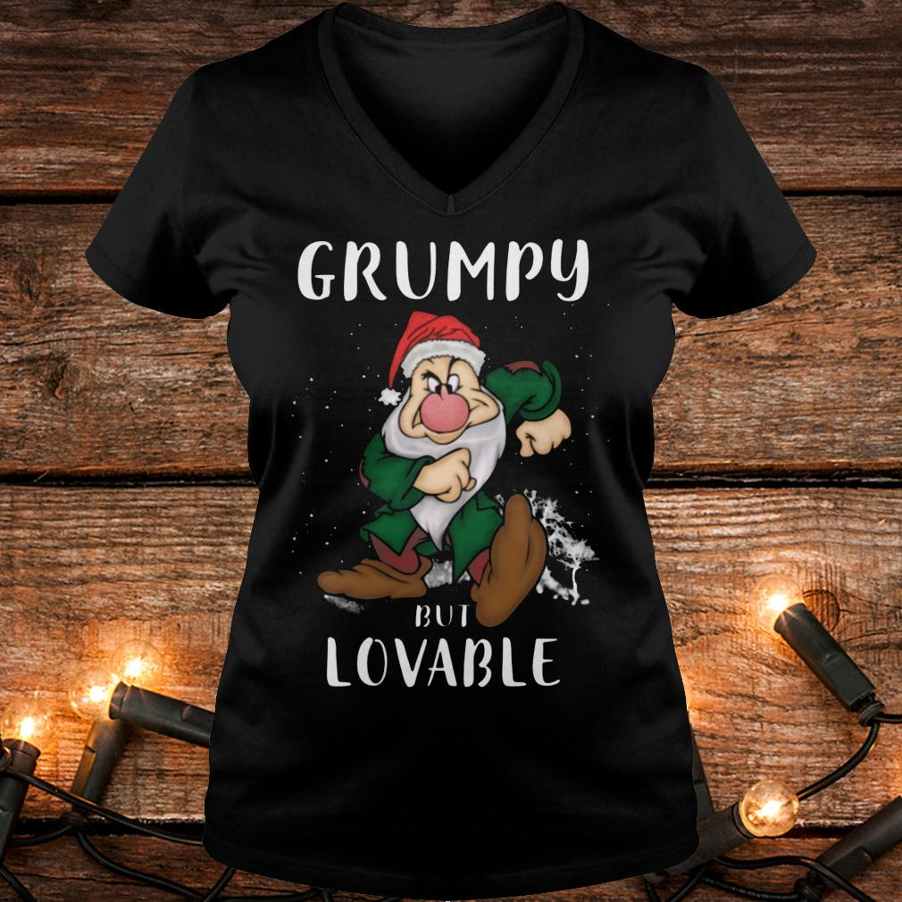The best Grumpy but lovable Shirt Ladies V-Neck