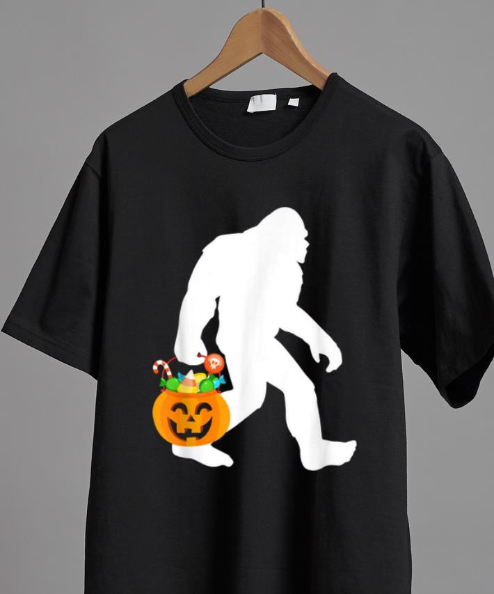 Pretty Bigfoot Halloween Pumpkin Sasquatch Candy Bucket Shirt 2 1.jpg