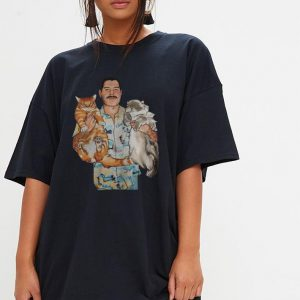 Freddie Mercury hug cats shirt 2