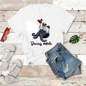 Ursula vacay mode cream and balloons Mickey Mouse shirt