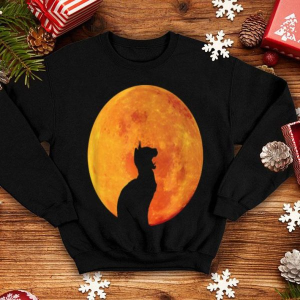 Awesome Black Cat Howling At The Moon Funny Halloween Cat Lover Gift shirt