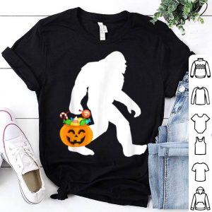 Bigfoot Halloween Pumpkin Sasquatch Candy Bucket shirt