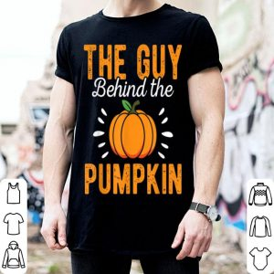 Top Mens The Guy Behind The Pumpkin Funny Halloween Costume Gift shirt