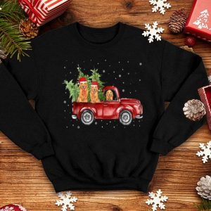 Pretty Golden Retriever Pickup Truck Christmas shirt