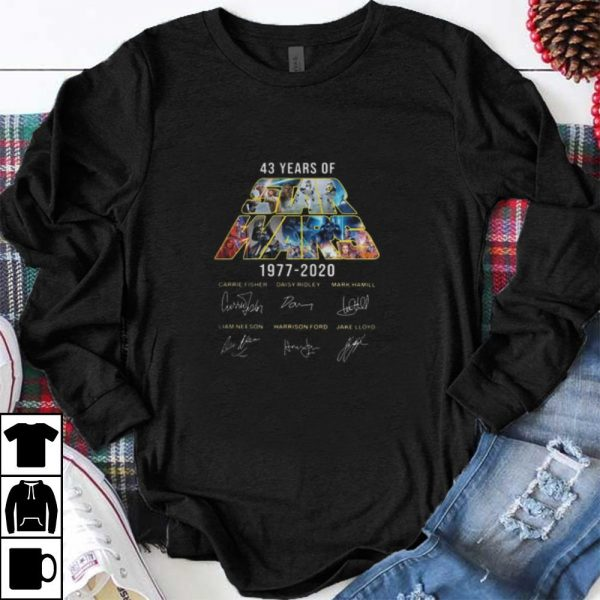 Awesome 43 Years Of Star Wars Signatures Carrie Fisher shirt