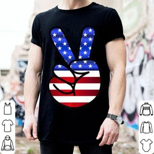 Red White Blue Hippy Style Peace Symbol With Fingerign shirt