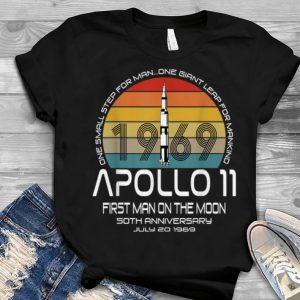 One Small Step For man On Giant Leap For Mankind Apollo 11 First Man On The Moon Vintage Youth tee