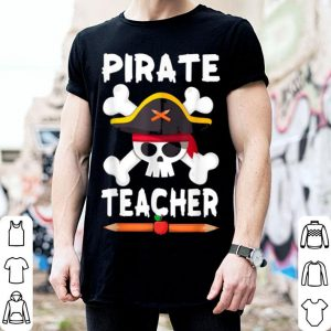 Beautiful Pirate Teacher Halloween Funny Skull Adults Gifts shirt