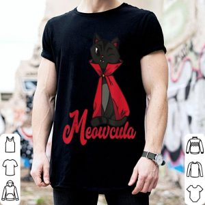 Awesome Meowcula Creepy Kitten Cat Owner Spooky Halloween Costume shirt
