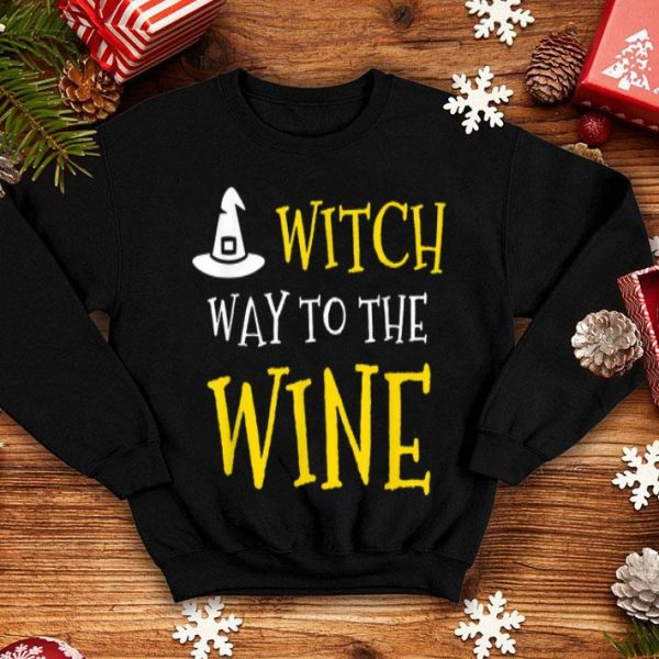 Awesome Witch Way To The Wine Drinking Funny Halloween shirt