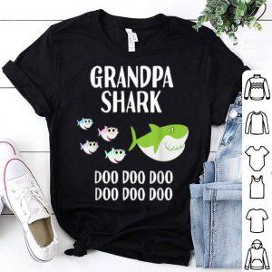 Nice Mens Grandpa Shark Halloween Christmas Grandpa Matching shirt