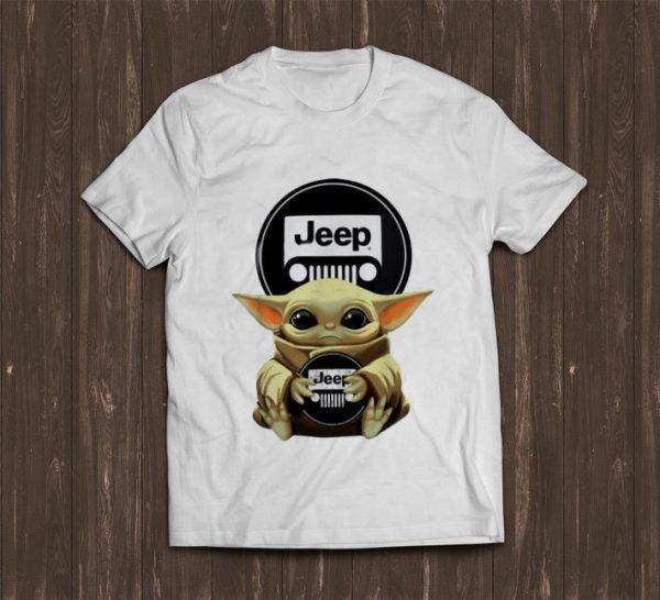 Premium Star Wars Baby Yoda Hug Jeep shirt