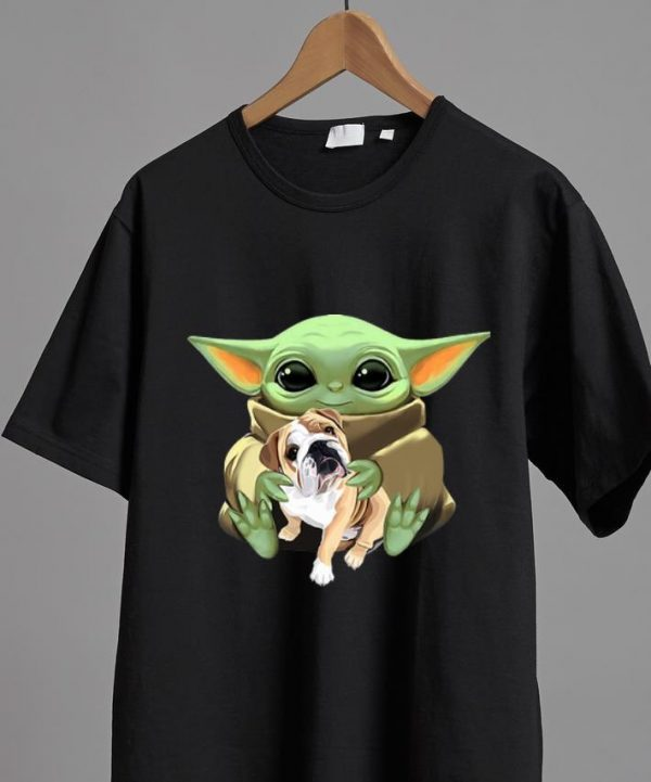 Awesome Star Wars Baby Yoda Hug Bulldog shirt