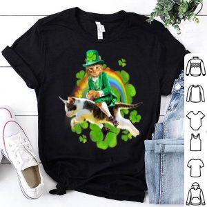 Top Leprechaun Cat Riding In Rainbow St Patty shirt