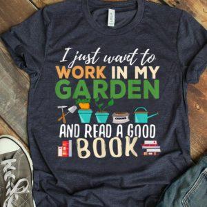 Gardening Reading Book Gardener Garden Gift Plant shirt