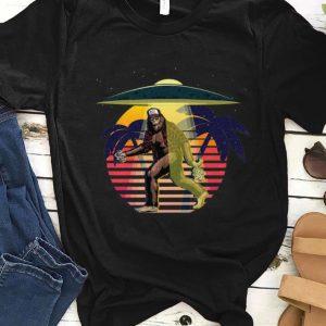 Original Bigfoot Sasquatch UFO Vintage shirt