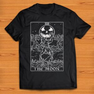 Pretty The Moon Tarot Card Halloween Werewolf Pagan Witch Clothing shirt