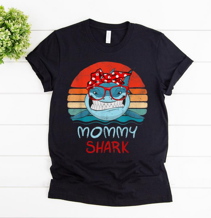 Awesome Vintage Retro Mommy Sharks Glasses gift for Women shirt 1 - Awesome Vintage Retro Mommy Sharks Glasses gift for Women shirt