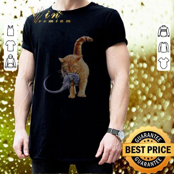 Pretty Cat eat alien shirt